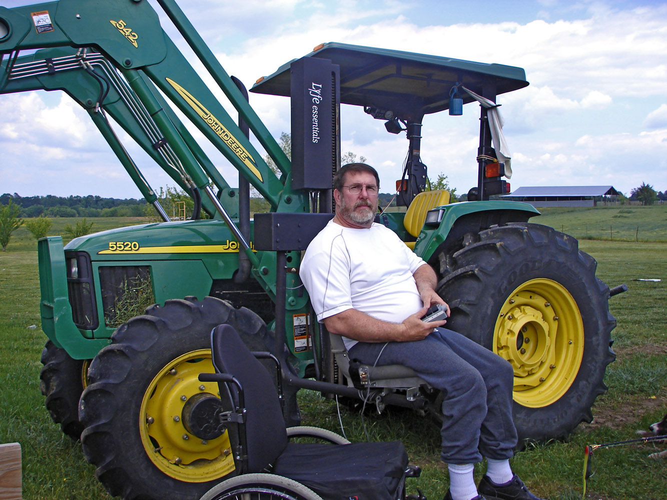 Tractor Wheelchair Lift : Agrability helps a farmer stay on farm mississippi state