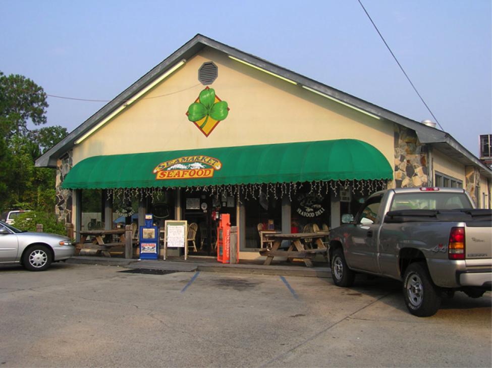 The store fron of Seamarket Seafood.