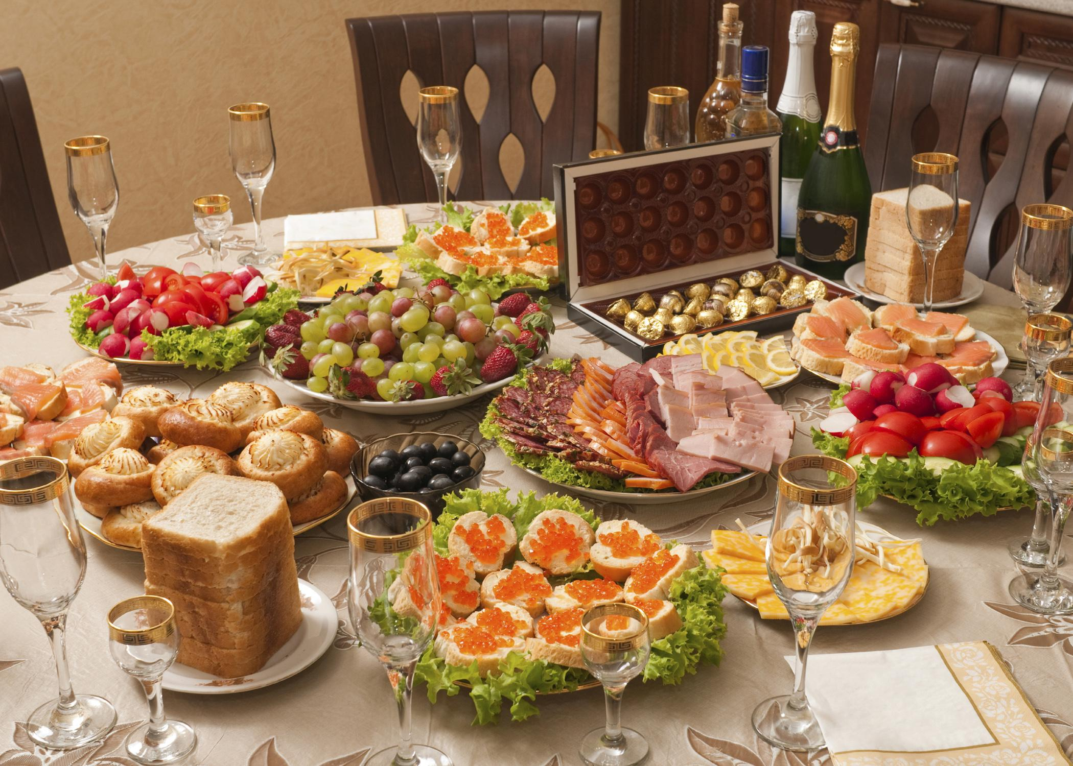 Appreciate holiday food displays, but do not get carried away with unhealthy options, including the beverage choices. (Photo by Getty Images/iStockphoto)