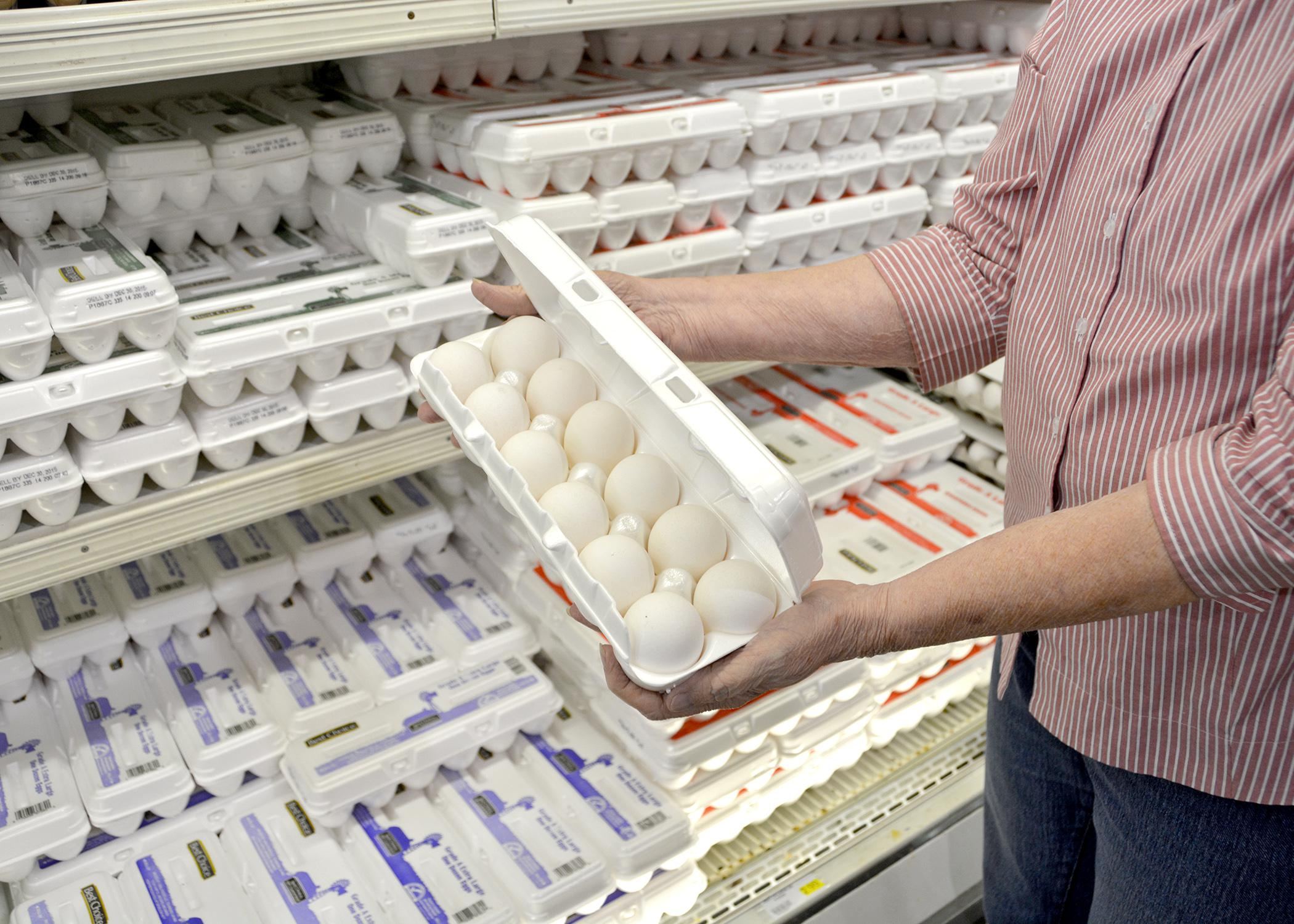 Mississippi did not have a case of avian influenza in 2015, but consumers still had to pay more for eggs following outbreaks on egg-producing farms, primarily in Minnesota, Iowa and surrounding states. Preliminary estimates indicate a 3.4 percent increase in the state's poultry value, which includes an almost 40 percent increase for eggs. (Photo by MSU Extension Service/Linda Breazeale)