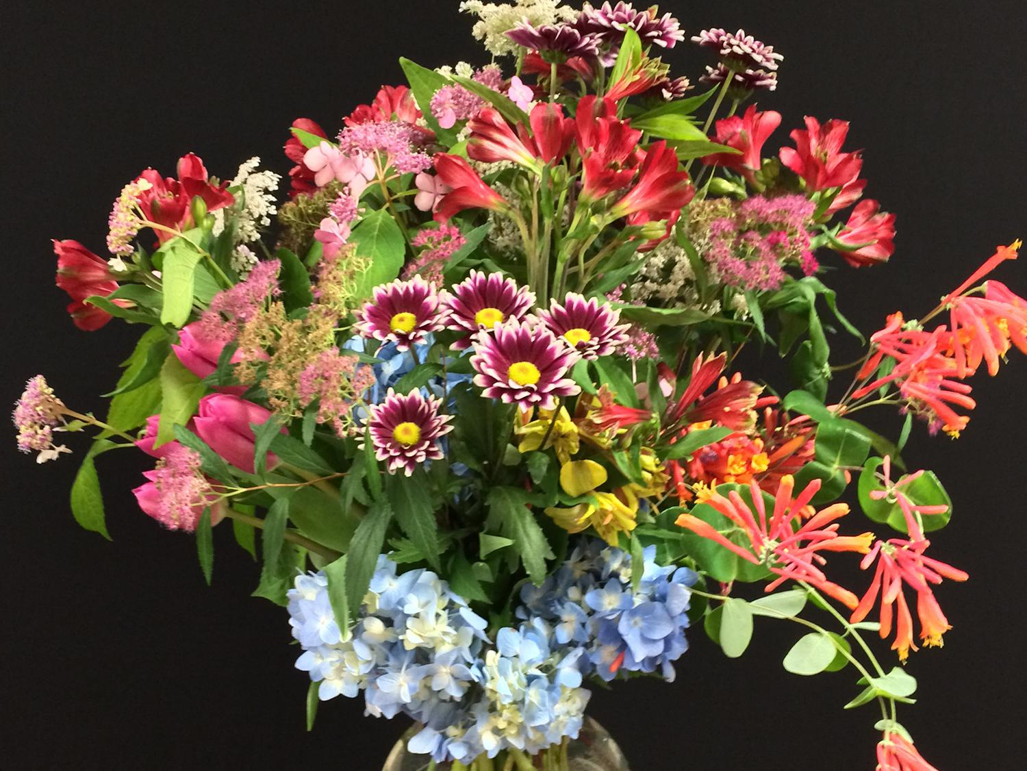 An upcoming demonstration will reveal ways to use Mississippi foliage in creative designs, such as this mixed floral arrangement. (Submitted photo)