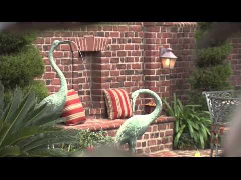 Walled Gardens, Southern Gardening TV - December 12, 2012