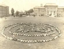 Mississippi 4-H'ers created the original clover-leaf photograph at the first 4-H Congress in 1927.