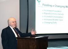 Leonard Gianessi, a consultant for the CropLife Foundation, spoke to Mississippi State University scientists March 20, 2014, on the important role pesticide use plays in food security for the growing global population. (Photo by MSU Public Affairs/Beth Wynn)