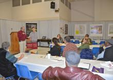 Mississippi State University professor Rick Snyder facilitates the discussion with vegetable growers during the Central Mississippi Producer Advisory Council Feb. 17, 2015, in Raymond, Mississippi. (Photo by MSU Ag Communications/Susan Collins-Smith)