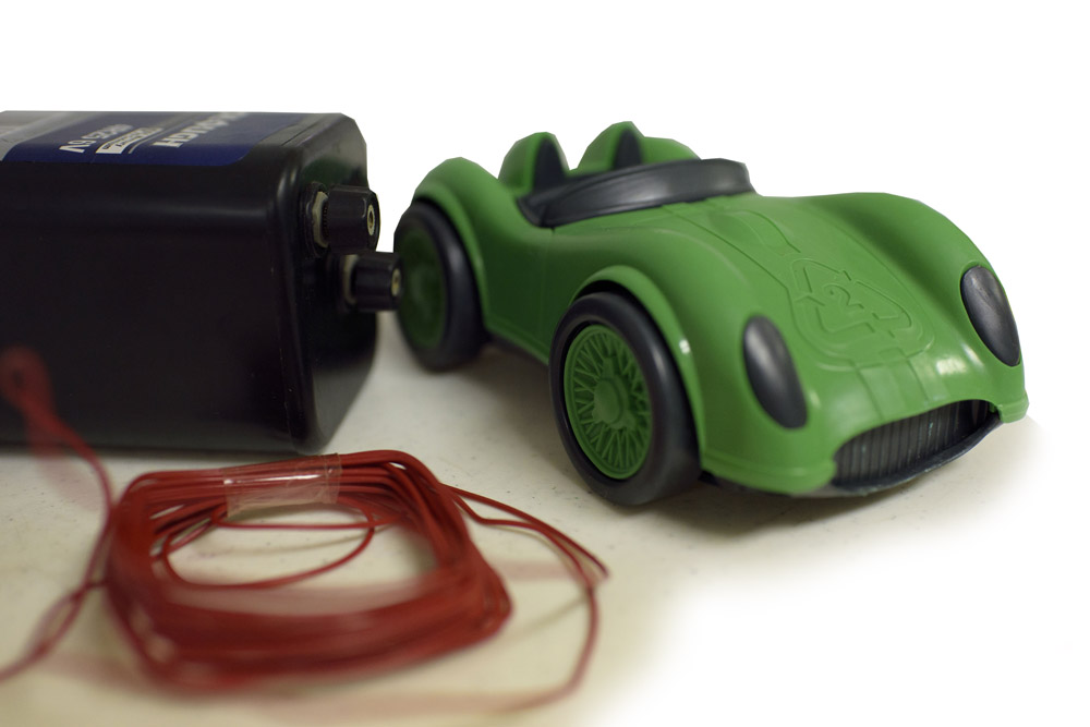 Green toy car and remote device