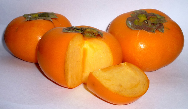 Japanese persimmon. Image courtesy Wikimedia Commons.
