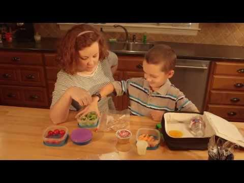 Packing a School Lunch September 6, 2015