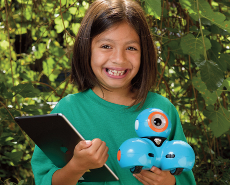 A 4-H Cloverbud holding a tablet and robot.